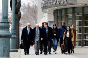 El juicio del Chapo, de 61 años, arrancó el 5 de noviembre del año pasado con la selección del jurado, entre grandes medidas de seguridad.