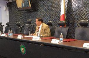 Sergio Gálvez, citará a los miembros de la Comisión de Credenciales para el próximo lunes.