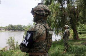 Los hechos se registraron en el kilómetro 071+000 de la carretera Tapanatepec-Ocozocoautla, cuando agentes federales realizaron una revisión rutinaria al tractocamión. FOTO/EFE