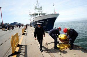"""El buque científico AGS-61 """"Cabo de Hornos"""", perteneciente a la Armada de Chile, recorrerá parte de la costa de las regiones de Los Lagos y Aysén."""