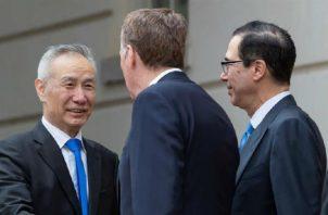 Estados Unidos y China empezaron la guerra comercial hace varios meses. Foto/EFE