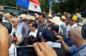 Los productores en Azuero piden la remoción de las autoridades relacionadas con el sector agropecuario. Foto: Thays Domínguez.