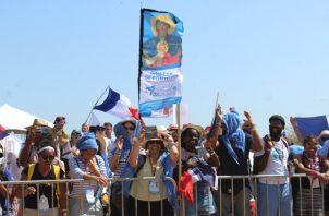 La mayoría de los peregrinos que retornaron a Chitré con Europeos. Foto/Thays Domínguez