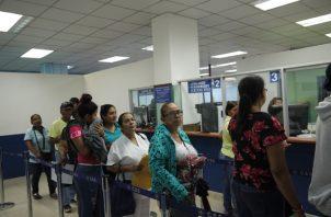 Más de 5 mil pacientes acudieron a buscar una cita de especialidad médica.
