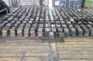 La sustancia encontrada en un puerto en Colón provenía de Buenaventura, Colombia. @PGN_PANAMA