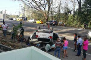 Las autoridades investigan las causas del accidente. Foto/Diómedes Sánchez