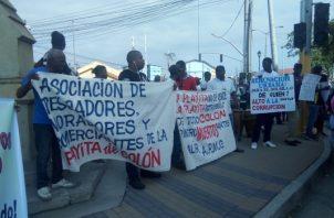 Los ciudadanos están cansados de las promesas incumplidas y los desalojos. Foto/Diómedes Sánchez