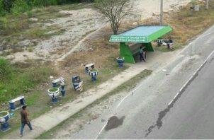 La parada de buses en Quebrada Bonita es peligrosa. Foto: Diómedes Sánchez.