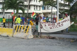 Los manifestantes portaban pancartas y en forma pacífica. Foto: Diómedes Sánchez.