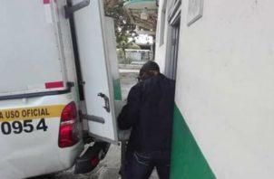 Autoridades de Criminalística investigan este deceso. Foto: Diómedes Sánchez.
