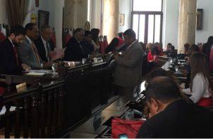 El Consejo Municipal de Panamá se reunió este martes, donde se aprobaron las nuevas sanciones y multas más estrictas.