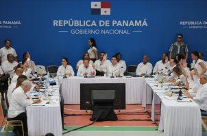 La decisión de presentar las reformas constitucionales ante la Asamblea Nacional se tomó en el tercer Consejo de Gabinete.