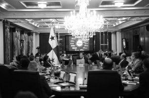 A principios de 2016 y mediados de 2018 más de la mitad de los ministros pusieron su cargo a disposición del presidente, los cuales son ministerios claves cuyas funciones principales corresponden al crecimiento y desarrollo económico del país. Foto: Cortesía.