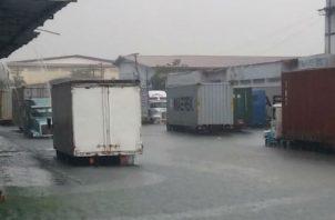 Estiman grandes pérdidas económicas para empresarios del sector logístico.