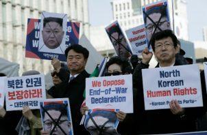 La organización, que no ha podido cotejar sobre el terreno la información por carecer de acceso a Corea del Norte, ha tardado cuatro años en elaborar el informe, para el cual ha entrevistado a 610 desertores norcoreanos. FOTO/AP