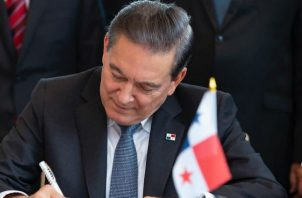 Mientras que Cortizo firmó compromiso en EE.UU., en Panamá también se concretizó apoyo del BID.