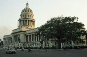 Vista del edificio del Capitolio Nacional en la ciudad de La Habana, Cuba. EFE