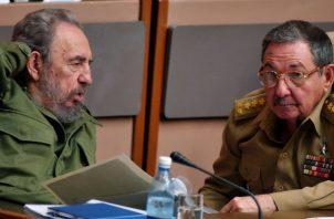 En Cuba el salario medio ronda los 25 euros al mes, cifra que le impide a sus habitantes acceder a este tipo de suntuosidades. Por el contrario, la mayoría vive con muchas limitaciones y privaciones.