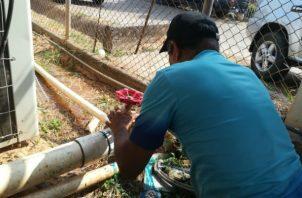 Los técnicos repararon el daño, y el sistema se recuperó paulatinamente. Foto: Thays Domínguez.
