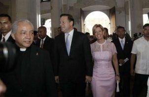 El gobierno de Juan Carlos Varela pagó una intervención quirúrgica al cura católico tras sufrir un infarto. Foto: redes sociales.
