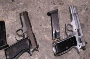 Para la Policía Nacional, se trata de armas que estaban en manos de potenciales delincuentes y pandilleros, que han quedado fuera de circulación. foto/Mayra Madrid