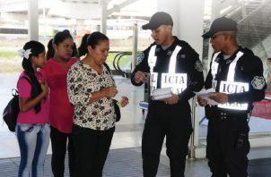 La nueva dirigencia de la  Policía ha prometido reforzar el contacto comunitario. Foto de Twitter