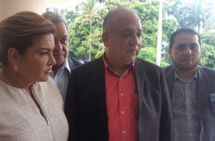 Alma Cortés y Luis Eduardo Camacho presentaron el recurso. Foto de cortesía