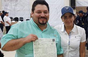 Samid Sandoval resulto electo el pasado 5 de mayo como alcalde de Santiago y diputado del 9-1.