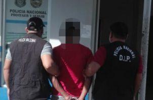 Detienen a varias personas requeridas por las autoridades por diversos delitos y faltas.