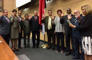 Se reeligieron seis diputados del PRD e igual cifra de CD. También se reeligieron dos del Molirena.
