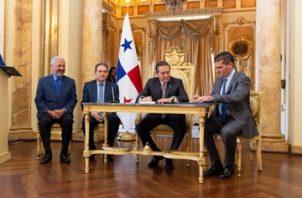 Nicolás González Revilla y Enrique Sánchez fueron designados como directivos de la ACP por Laurentino Cortizo.