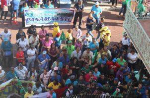 Un grupo de educadores no impartió clases el viernes, por una marcha hacia la Presidencia. Foto de Twitter