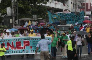 Para el 12 de julio  se hace el llamado para la primera marcha multitudinaria al nuevo Gobierno.