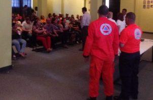 Los docentes son entrenados para ofrecer primeros auxilios en las áreas de difícil acceso. Foto/víctor Eliseo Rodríguez