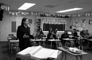 El educador debe dar ejemplo de cultura, tanto en la primaria como en la secundaria y la universidad. Foto: Archivo.