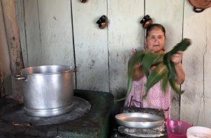 Doña Ángela, en uno de sus videos. Foto: YouTube