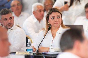Doris Zapata es la ministra de Trabajo y Desarrollo Laboral.