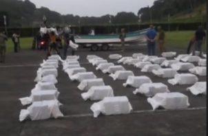 Tres toneladas de drogas fueron incautadas en el área de Puerto Caimito, por ahora no hay detenidos. Foto/Senan/Facebook