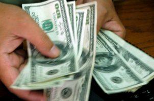 Las finanzas públicas ecuatorianas acumulan una deuda de casi 56,000 millones de dólares.