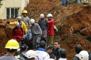 Las autoridades y equipos de asistencia también recorrieron y analizaron hoy los lugares que presentan peligro de desborde.