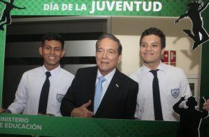 Laurentino Cortizo ha prometido que la educación será la estrella en su gobierno. Foto de Víctor Arosemena