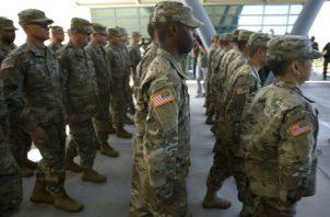 Los soldados enviados a la frontera no realizan tareas de control aduanero y solo los miembros de la Policía Militar van armados.