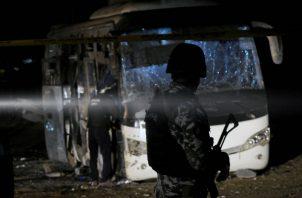 Al menos 14 supuestos terroristas fueron abatidos en un tiroteo en una casa que usaban como refugio en el distrito Seis de Octubre, en las afueras de El Cairo.
