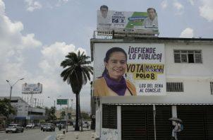 El caso que más conmoción ha causado es el de Karina García Sierra, una candidata a la Alcaldía del municipio de Suárez (suroeste) que fue asesinada el 2 de septiembre junto a cinco de sus acompañantes, entre ellos su madre, tras lo cual los cuerpos fueron incinerados.