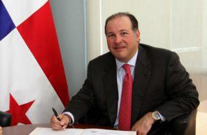 Emanuel González-Revilla envió una carta a Juan Carlos Varela en la que explicaba la razón de su declinación.