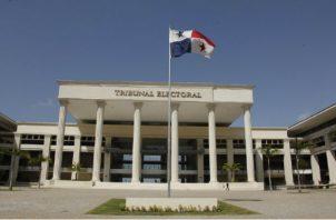 Quien publicase encuestas durante ese período de veda era sancionado por el Tribunal Electoral.