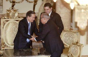 Enrique Lau Cortés asumió el cargo como director de la CSS, en acto celebrado en la Presidencia.