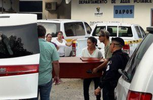 Los cuerpos fueron retirados pasada las 5:00 de la tarde de este martes. Foto: Mayra Madrid.