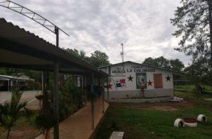 A la escuela primaria de La Colorada asisten 115 estudiantes, y 11 docentes, por lo que existe temor entre la población educativa de que pueda darse algún contagio.Foto/Thays Domínguez