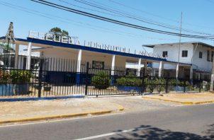 Los padres del niño denunciaron que fue abofeteado por una docente de este plantel. Foto: Melquíades Vásquez.
